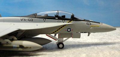 22 F-18_R