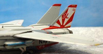 37 F-14 VF-111_R