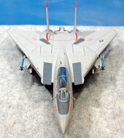 45 F-14 VF-111_R