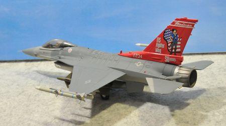 1-3 F-16_R