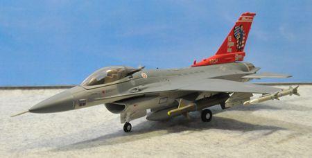 1-2 F-16_R