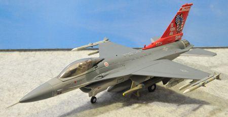 1-1 F-16_R