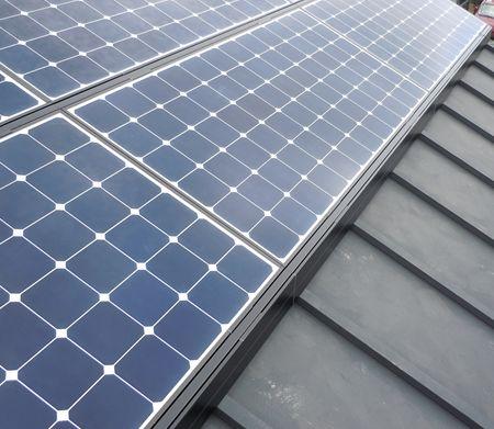 3 太陽光パネル設置北から_R