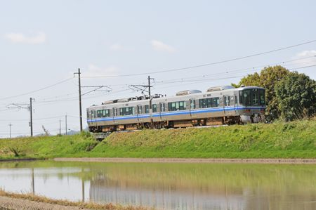 1-2 521系_R