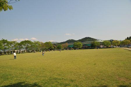 1-21 キャンプ場_R