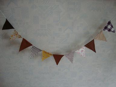 三角ガーランド