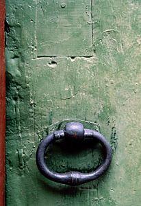 64157_green_door.jpg
