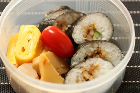 穴子巻き寿司弁当