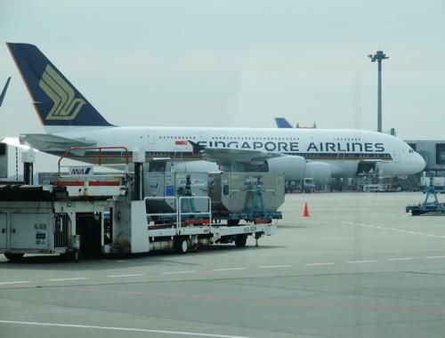 01-A380  004