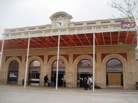 ペルピニャン駅1IMG_4736