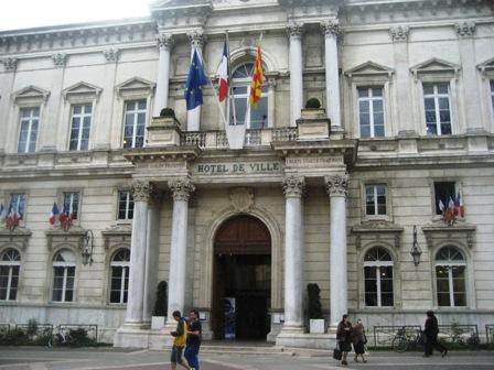 アヴィニョン市庁舎IMG_4903
