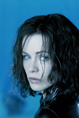 kate-beckinsale-underworld-wallpaper-wwwwallpaperfocom.jpg