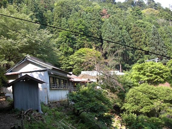 愛宕山下山と月輪寺09