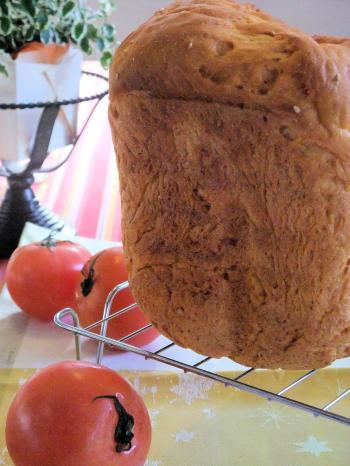 トマトジュースのごはん食パン(350)