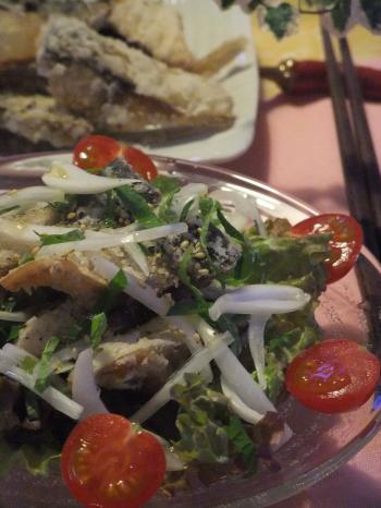 鯖の竜田揚げと新玉ねぎのサラダ仕立て(350)