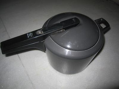 pressurecooker11.jpg
