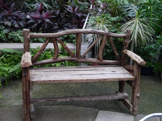 1304木製椅子