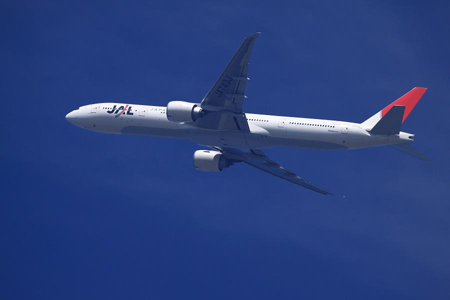 JAL B777-346ER / JAL3002 (JA743J)