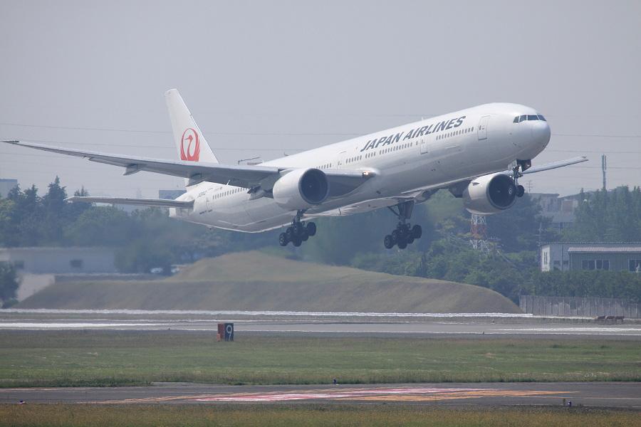 JAL B777-346 / JAL2081