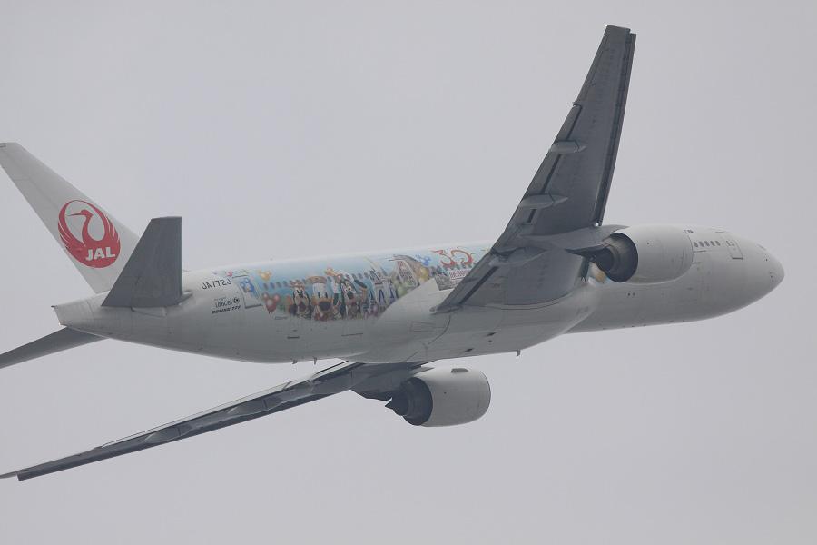 JAL B777-246 / JAL112