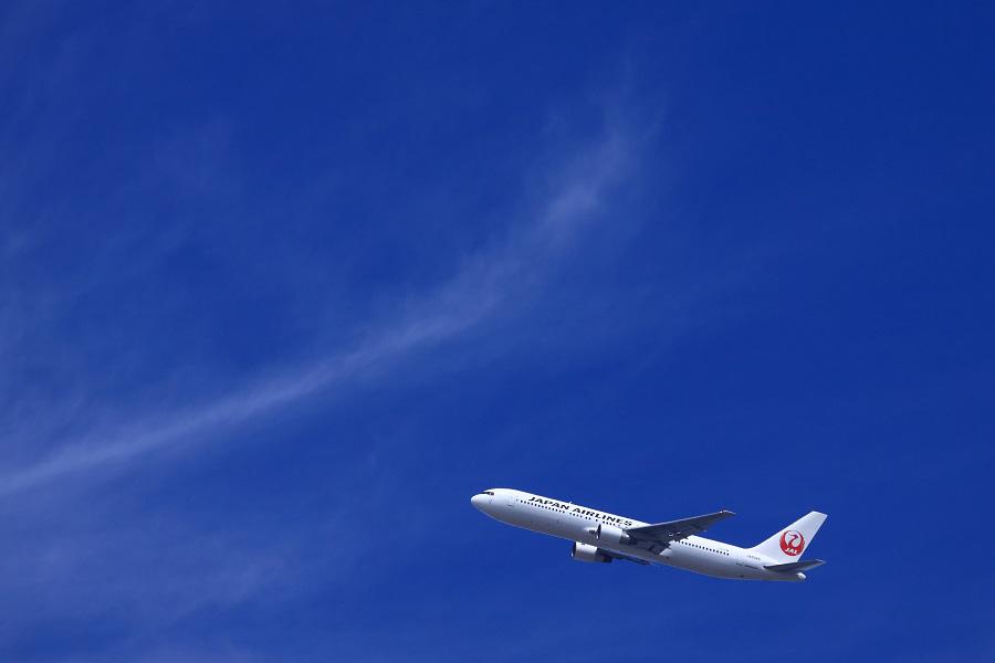 JAL B767-346 / JAL2001