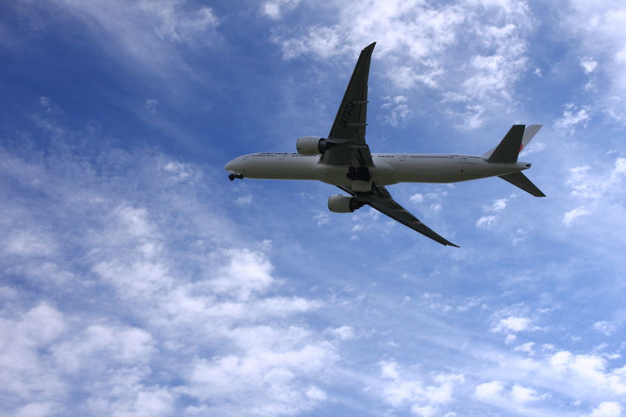 JAL B777-346ER / JAL3002 (JA737J)