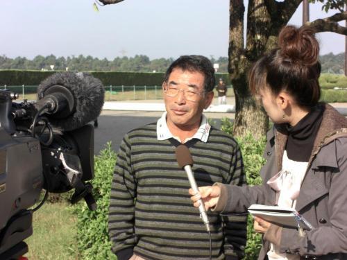 飯田明弘調教師(縮小番)