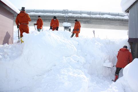 20120211宮脇大木建設㈱が除雪ボランティア