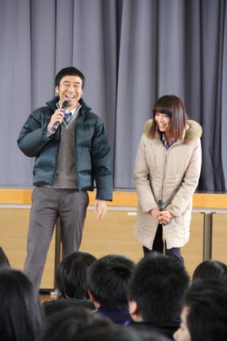 20120217森カンナさん・ワッキーさんが学校に訪問