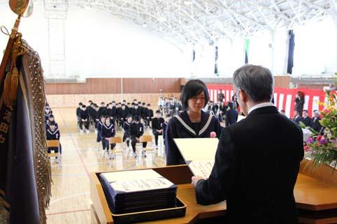 20120313中学校卒業式 (1)