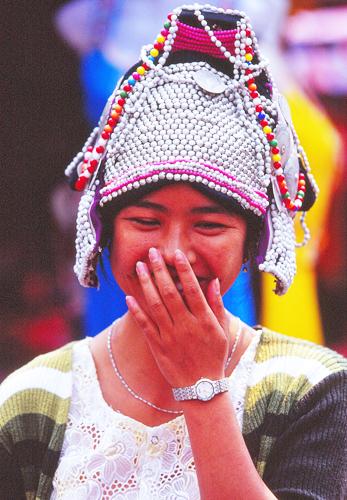 13ハニ族の帽子