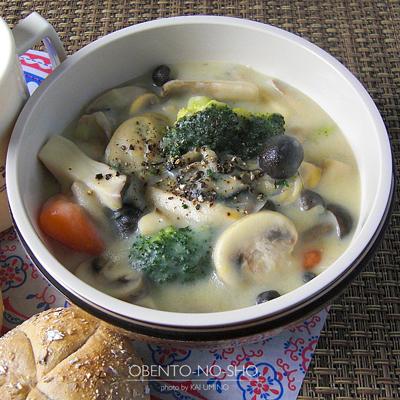 牡蠣と茸のクリームシチュー弁当02
