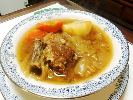 すね肉のスープ