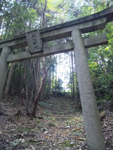 猿丸神社 9
