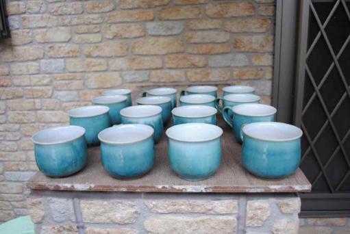 青のカップ