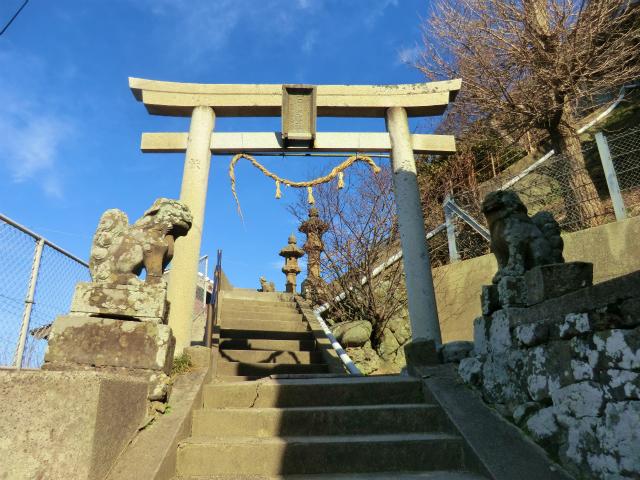 釜浦石上神社
