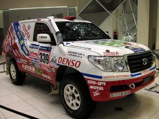 Team Land Cruiser TOYOTA AUTO BODY (トヨタ車体株式会社)
