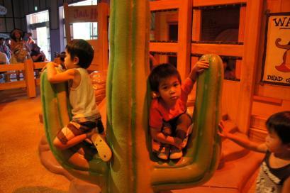 スヌーピー・スタジオは子供が好きな遊びがいっぱい