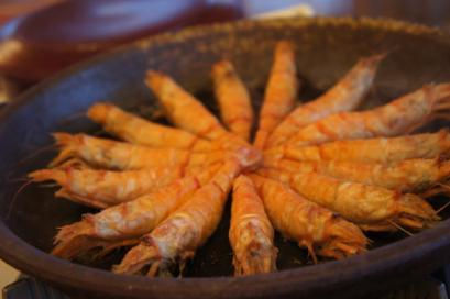 モサエビの陶板焼き