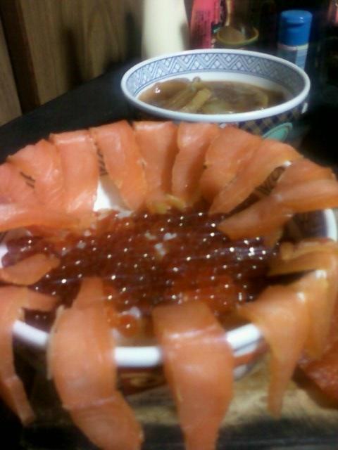画像-鮭親子丼