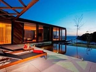 ザ ナカ プーケット ヴィラ (The Naka Phuket Villa)