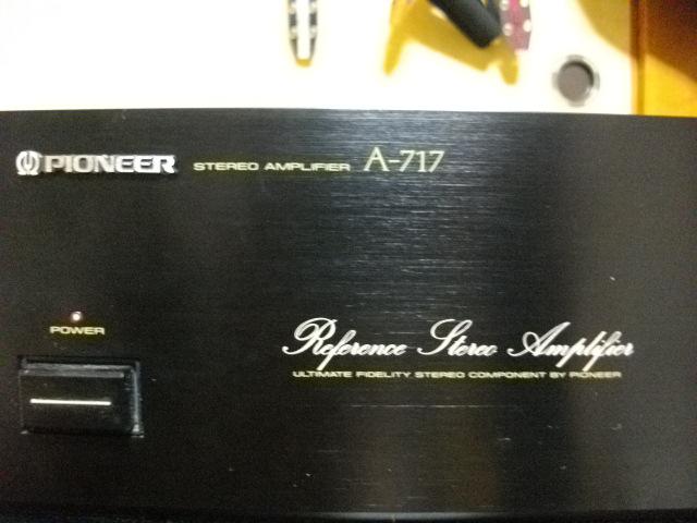 Pioneer A-717 2