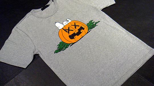 original-fake-kaws-peanuts-snoopy-halloween-tshirts-0.jpg
