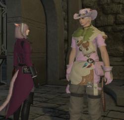 隊長の服は全身ピンク つり服