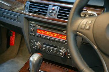 E90純正デッキ