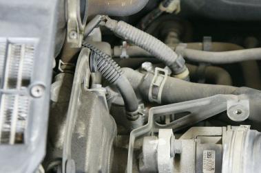 ワゴンR サーモスタット交換1
