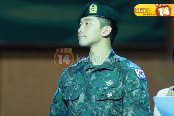 12-03-21 Vietnam concert in Hanoi Opera House-06