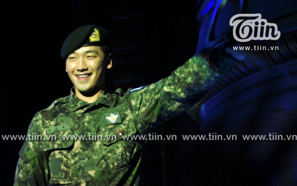 12-03-21 Vietnam concert in Hanoi Opera House-10