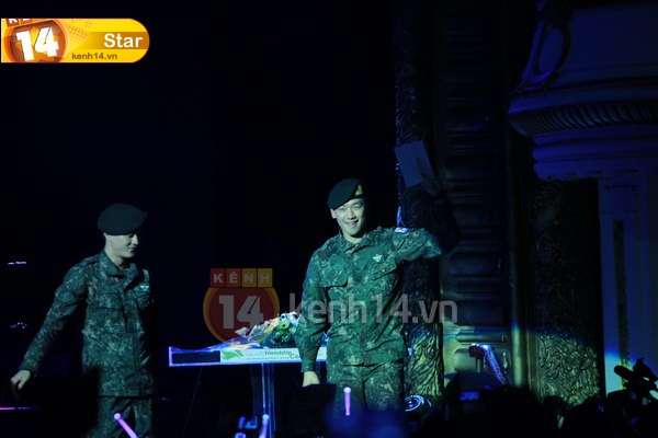 12-03-21 Vietnam concert in Hanoi Opera House-22