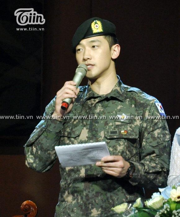 12-03-21 Vietnam concert in Hanoi Opera House-26